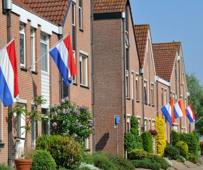 Polyester vlaggenmast aan gevels